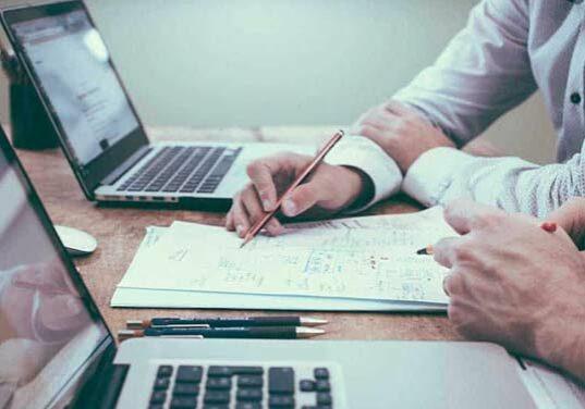 webdeisgner-working-with-client